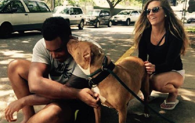 ronnie-stanley-football-girlfriend-shelter-dog
